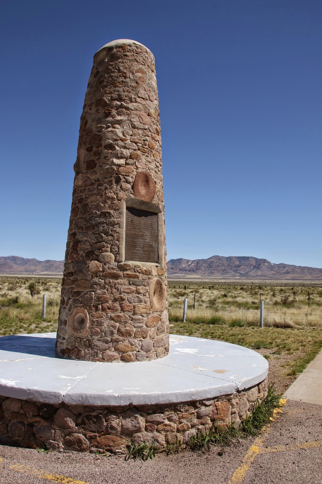 Geronimo surrender Monument & Travels with Twinkles: Lordsburg New Mexico
