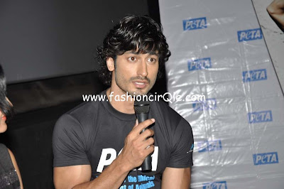 Vidyut Jammwal unveiled new ad for 'PETA'