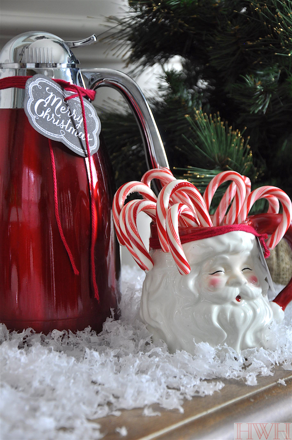 Hot cocoa and coffee on Christmas morning served in vintage Santa looking mugs | Honey We're Home