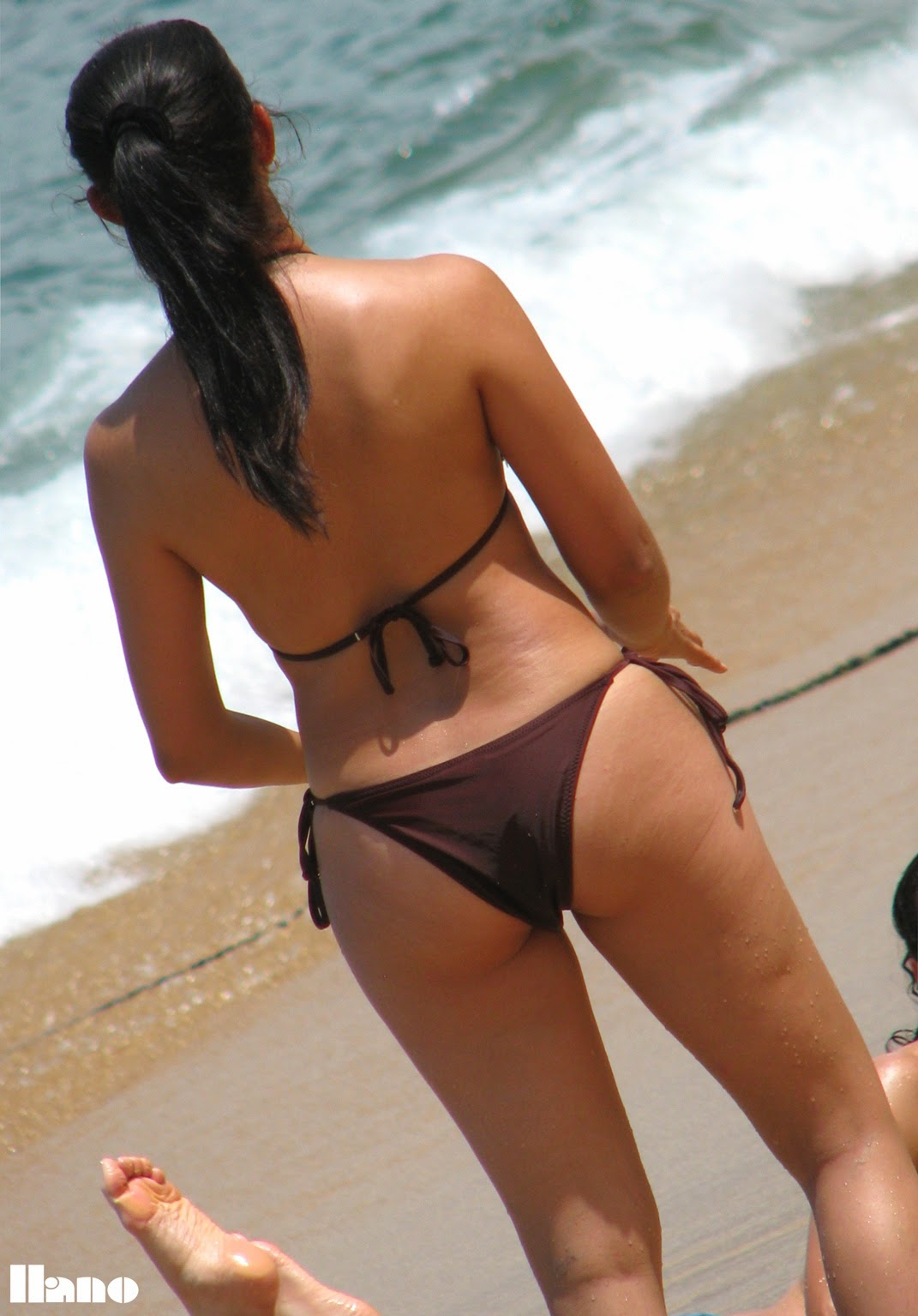 Amateur Beach Cameltoe