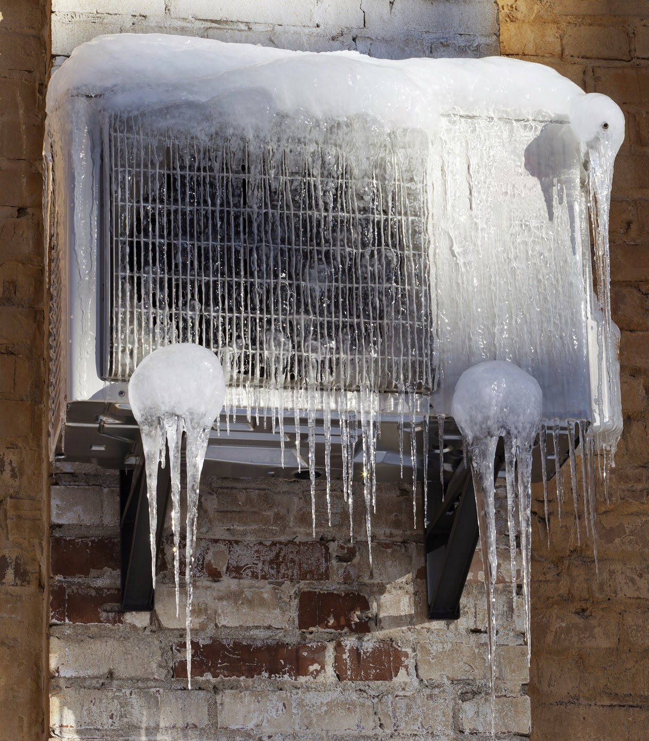 Why should I remove my window air conditioner during the winter? #5E4736