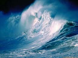 gambar_pemandangan_ombak_laut