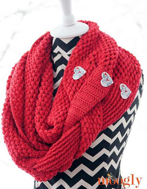 Free Crochet Patterns For Christmas Scarves : Fiber Flux: Holiday Scarves! 12 Beautiful & Free Crochet ...