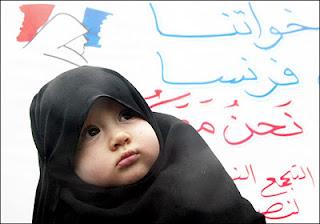 foto lucu bayi perempuan berjilbab