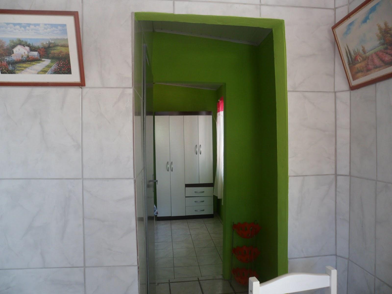 banheiro com box e cozinha montada e equipada ''livre pra reserva #303C17 1600x1200 Banheiro Container Florianopolis