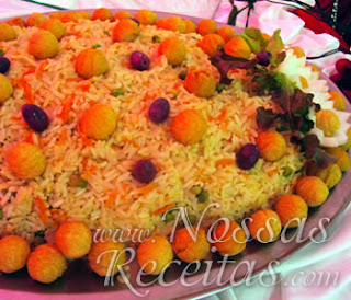 receita de arroz preparado com cenouras fritas
