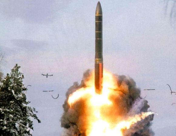 Penembakan ICBM Topol-M