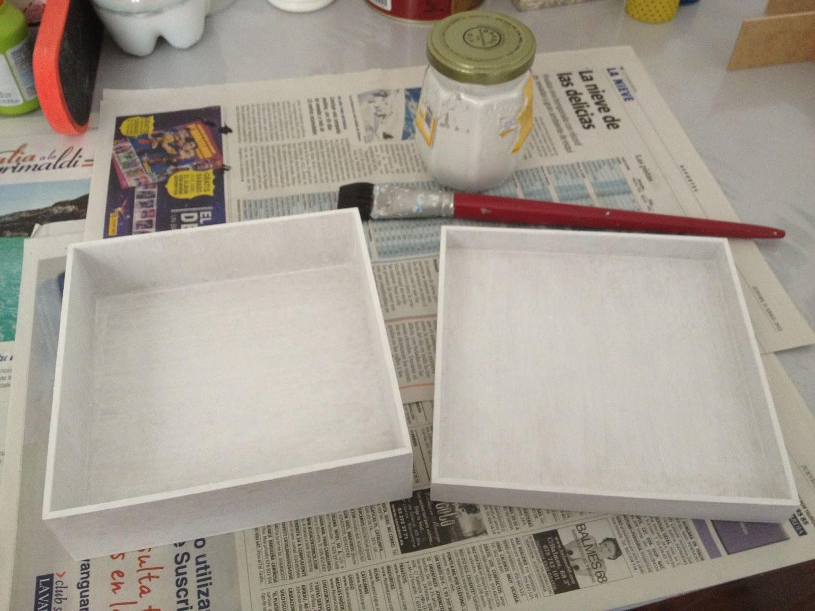 Borboleta decoupage con servilleta de papel paso a paso for Como pegar papel mural en madera