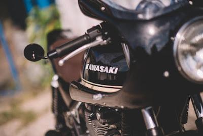 Kawasaki ZR550B Cafe Racer