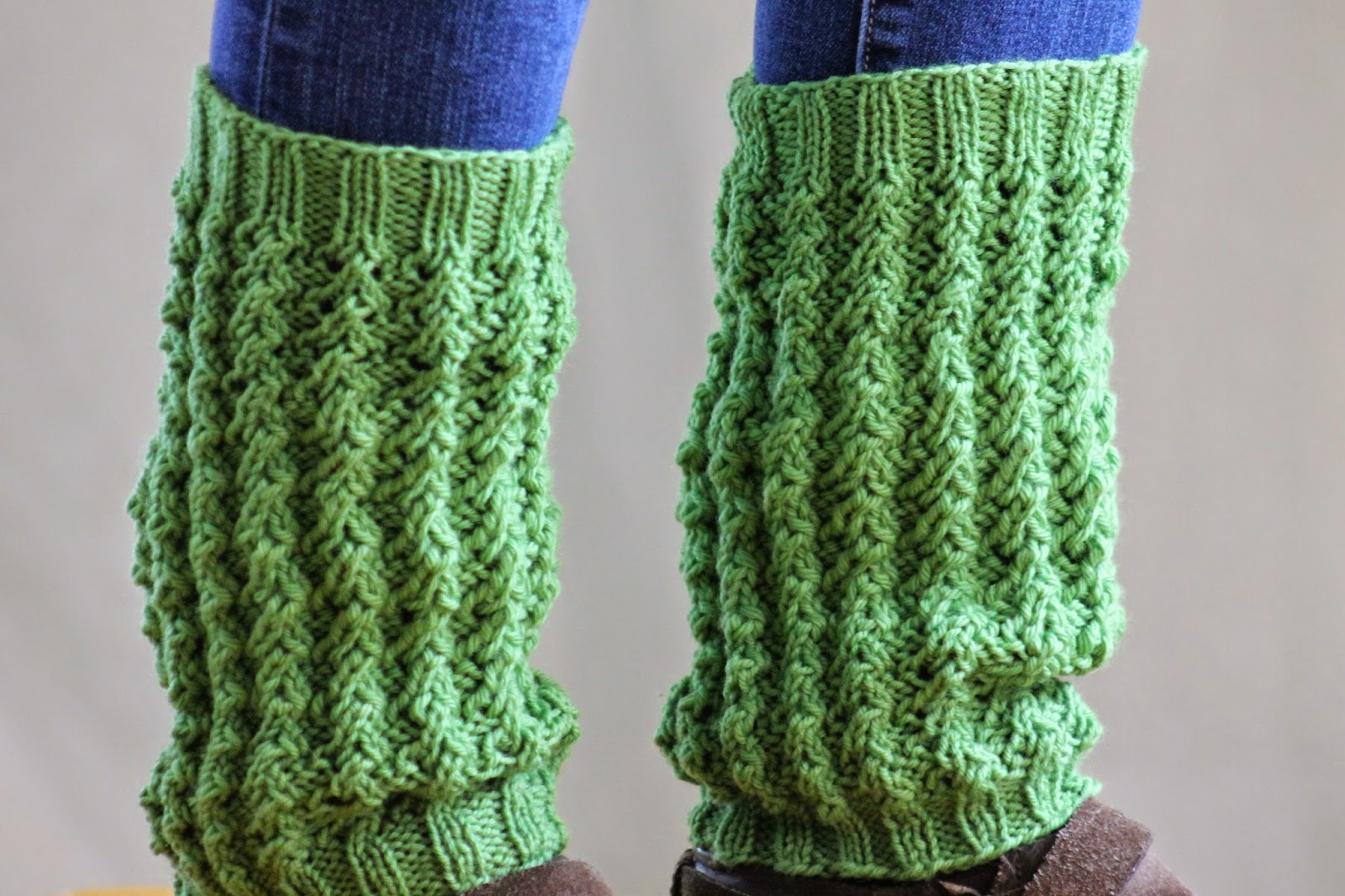 Balls to the Walls Knits: Gradated Rib Leg Warmers