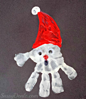 santa clause handprint craft for kids