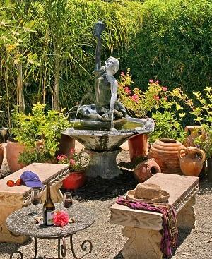 C mo decorar un jard n peque o y que parezca grande for Como decorar un jardin grande