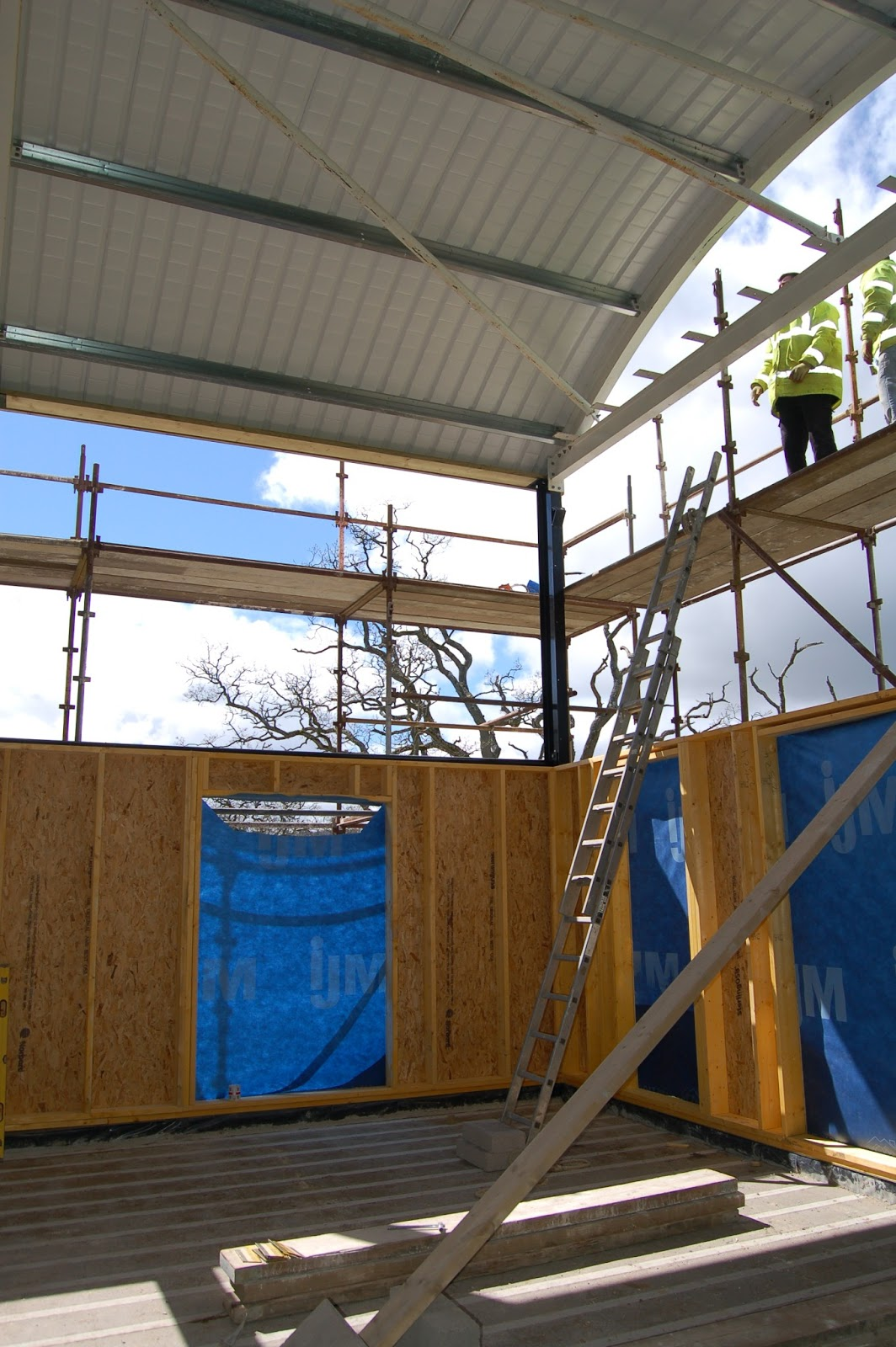 Woodhayes Installing The Roof And Liner Insulation And The Exterior Cladding