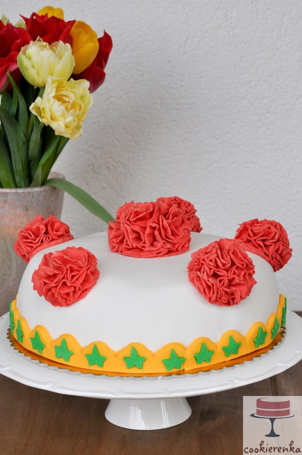 http://www.cookierenka.com/2014/03/tort-urodzinowy.html