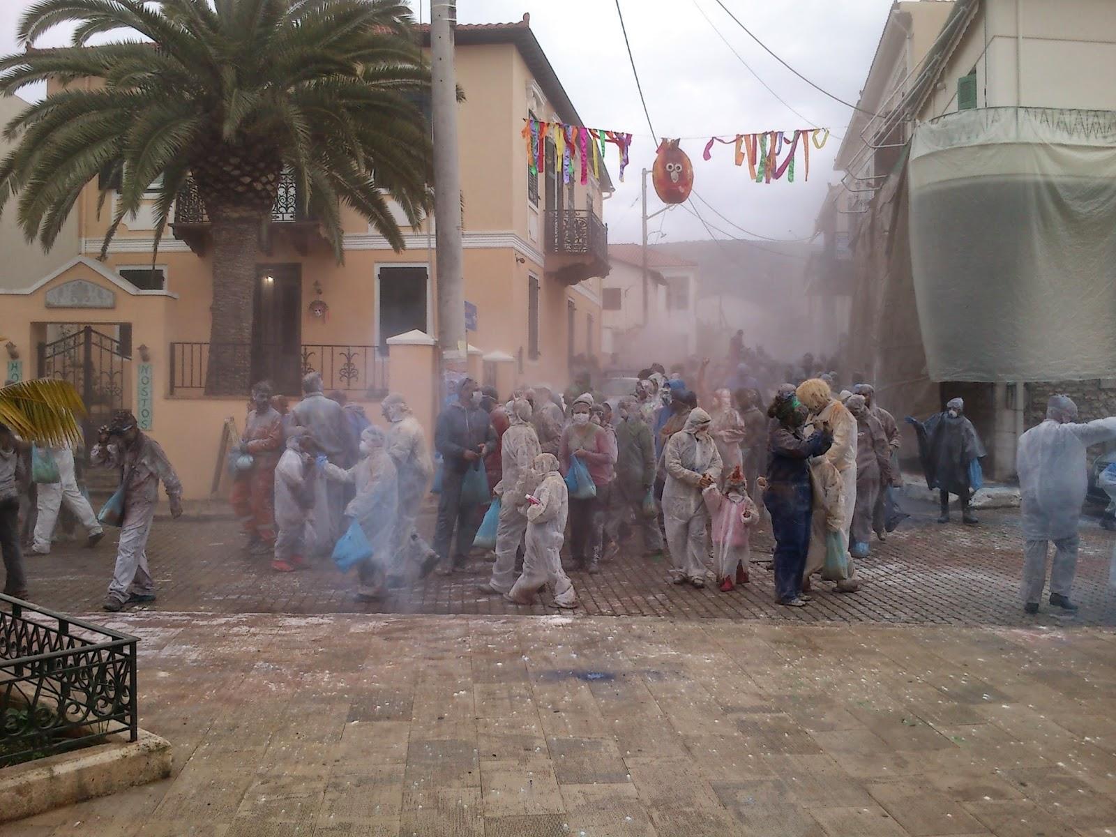 2015 Carnival parade in Galaxidi