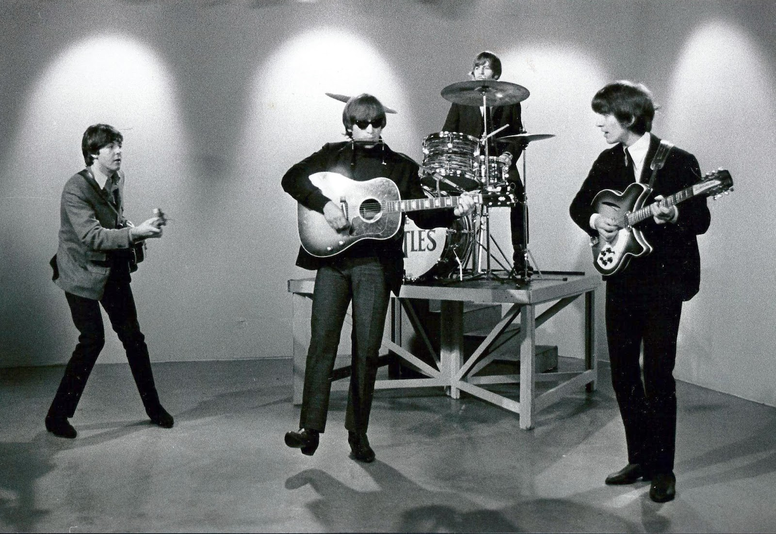 The Daily Beatle: The Beatles on Scene at 6:30