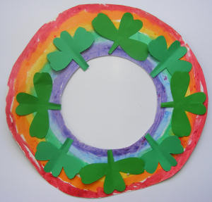 http://www.activityvillage.co.uk/st-patricks-day-wreath