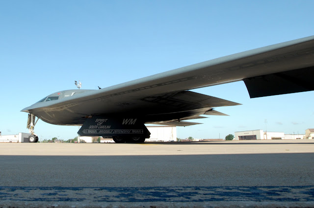 A B-2 Spirit taxis down the flightline