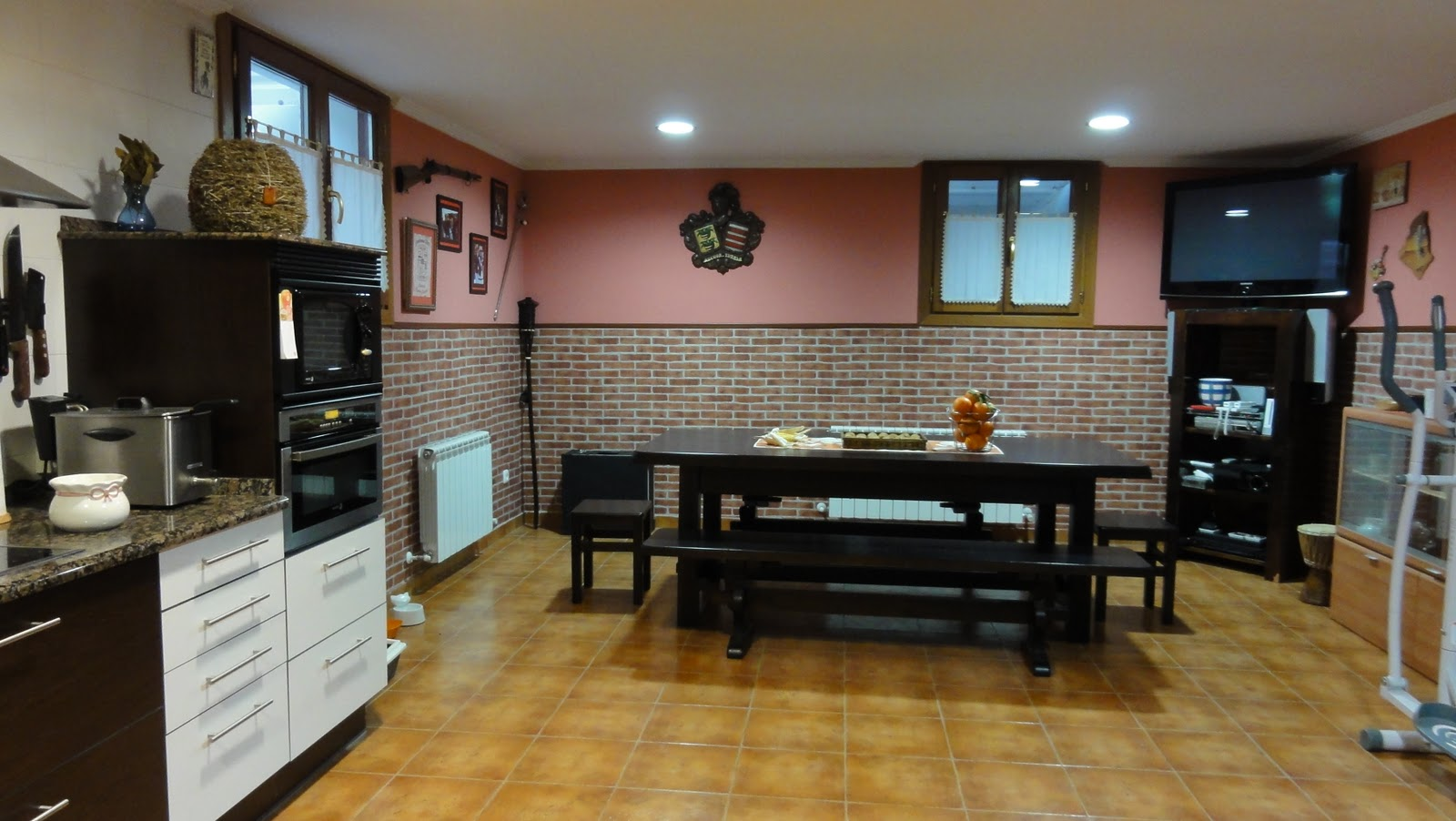 Inmo colon villa seminueva en irun preciosa for Garajes chalets