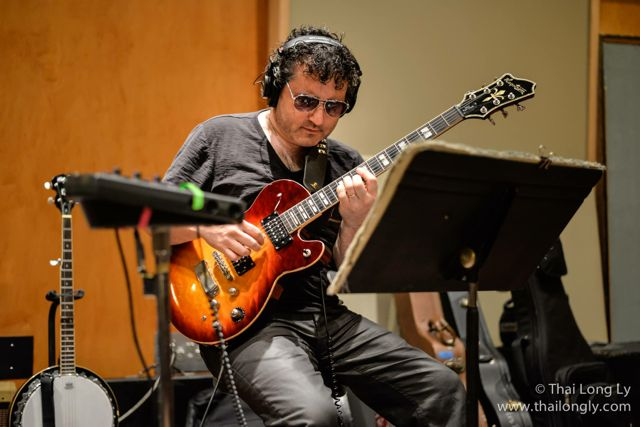 Tony Pulizzi, American Idol, guitar, Tony P, TonyPGuitar, Los Angeles , Hollywood, Hagstrom Guitars, Gibson, Line 6, Tony Pulizzi Guitar