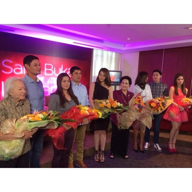 The cast of Sana Bukas Pa Ang Kahapon