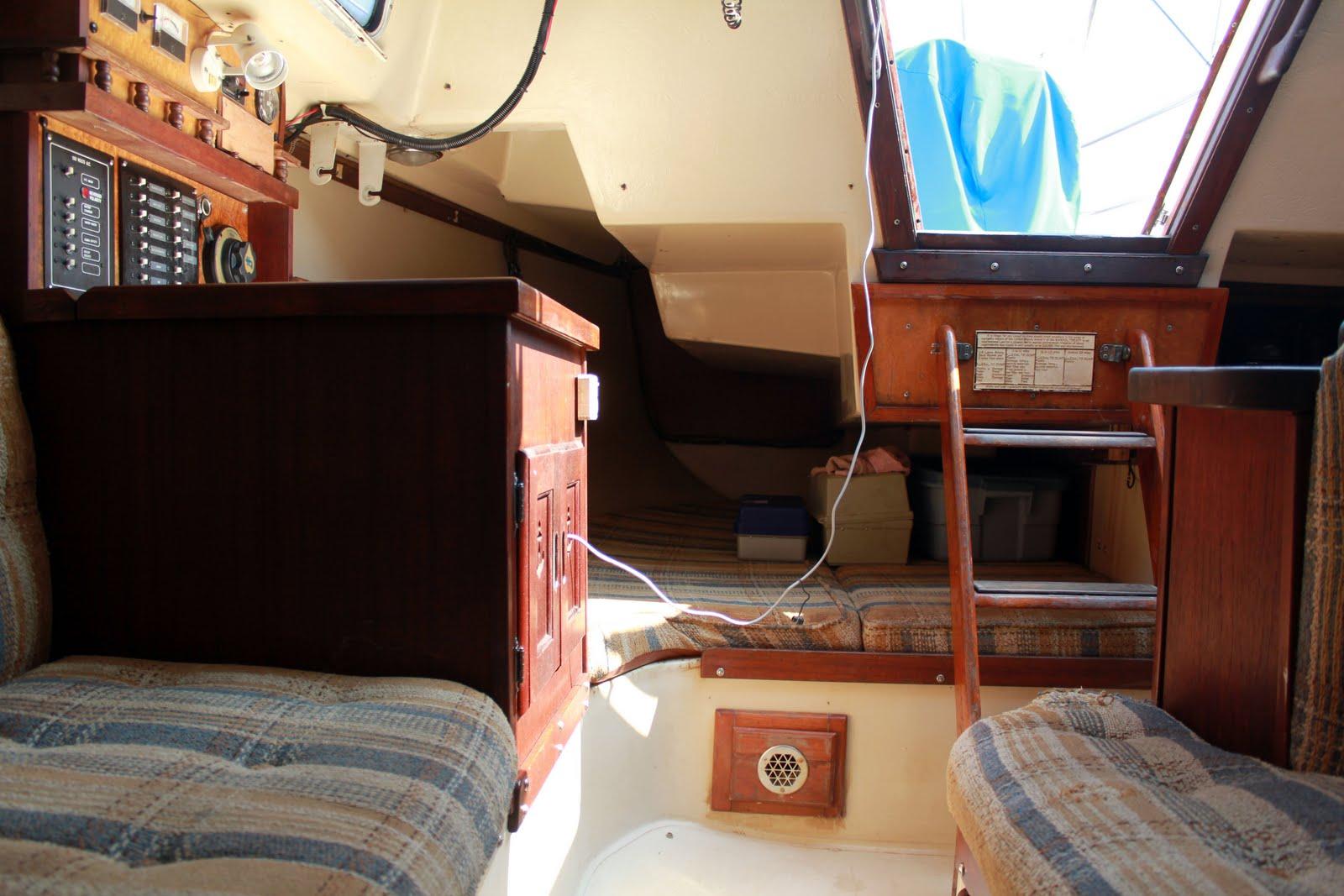 Bluebird Wanderlodge Motorhome Interior further Img likewise Canadian National Railway Diesel Lo otive Dash Cw C W also Ns Czmdnpqm moreover Kiacarnival Sedonalwb. on original diesel engine