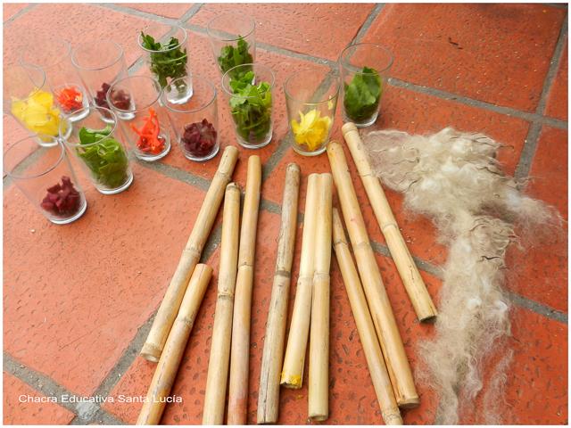 Morteros de caña y lana para teñir - Chacra Educativa Santa Lucía
