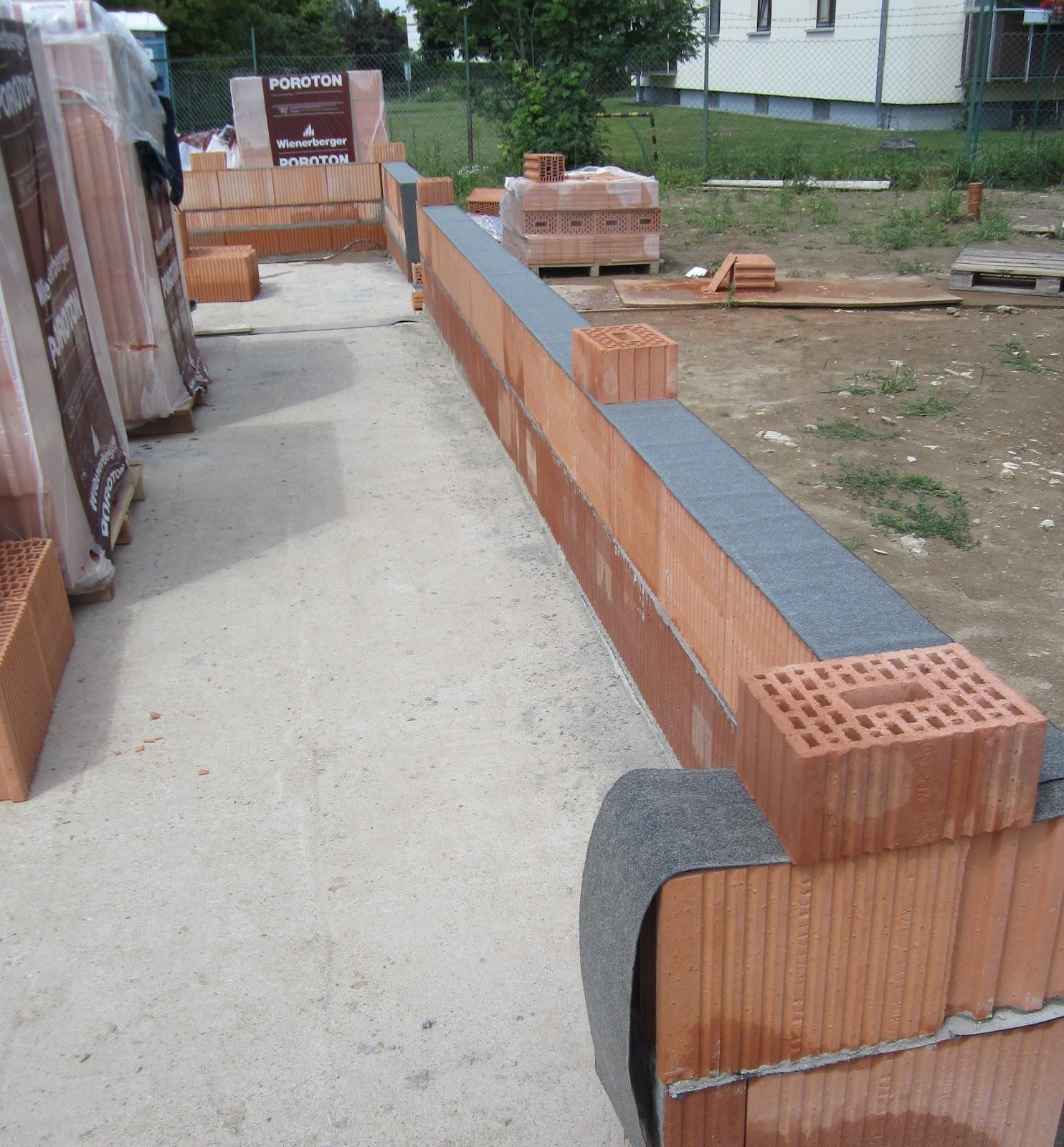 unser hausbau garage in eigenleistung 2 steinreihe tag 1. Black Bedroom Furniture Sets. Home Design Ideas