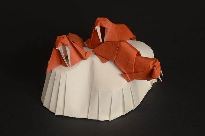 morsas en iceberg hecho de origami