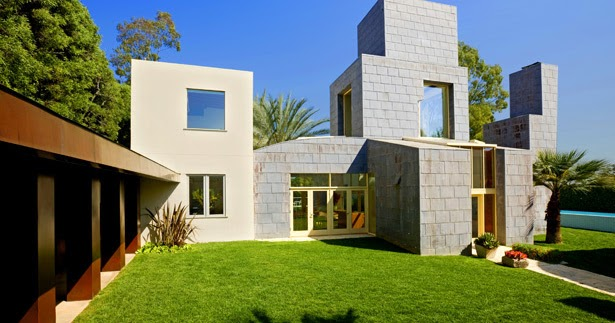Frank gehry 39 s beautiful architecture schnabel house for World no 1 beautiful house