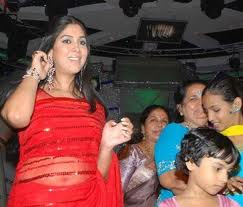 Sakshi Tanwar Hot Navel Pics