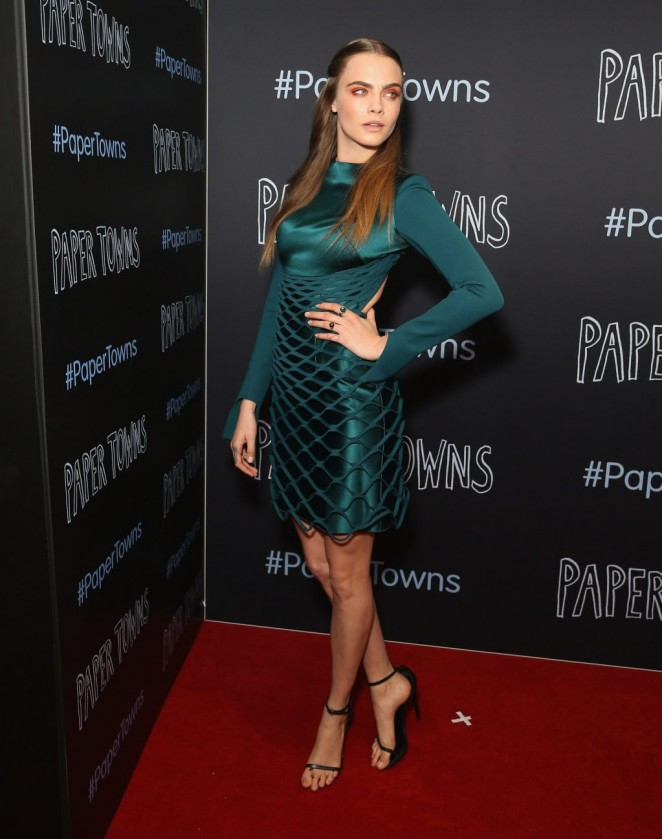 Cara Delevingne goes sexy for the 'Paper Towns' Sydney premiere