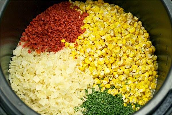 Ingredients-in-Pressure-Cooker