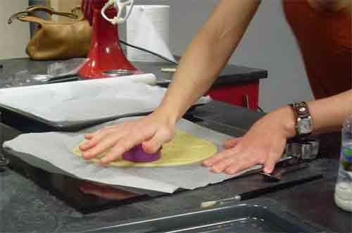 se escoge el molde para dar la forma