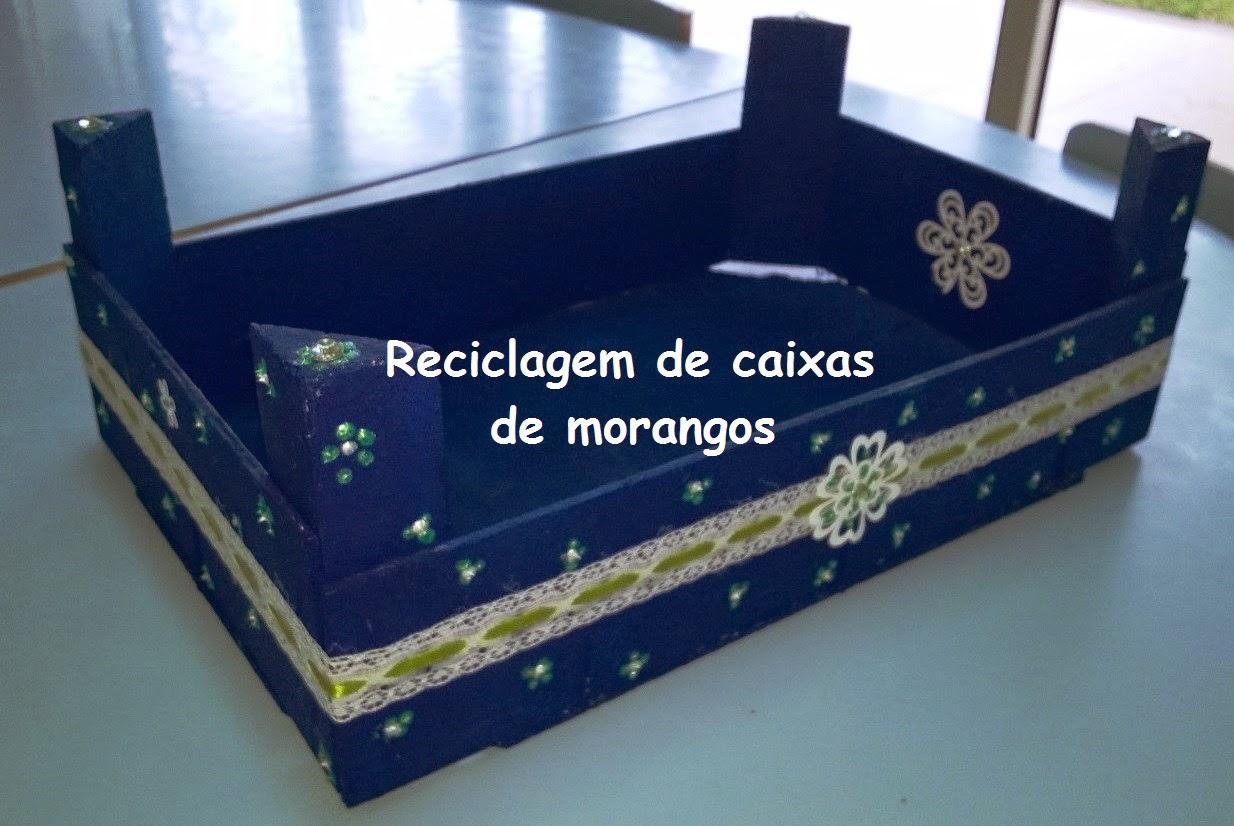 Qued'arte: Reciclagem da caixa de morangos #0E1B3E 1234x826