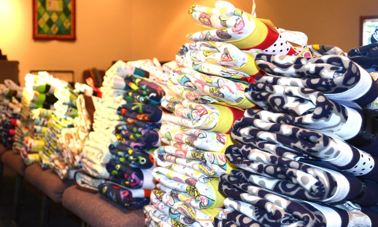 http://1.bp.blogspot.com/-B5pZ9NCmbFg/VOnwbMzwCsI/AAAAAAAAeQU/JSitthn0Ws4/s1600/pillowcases.JPG