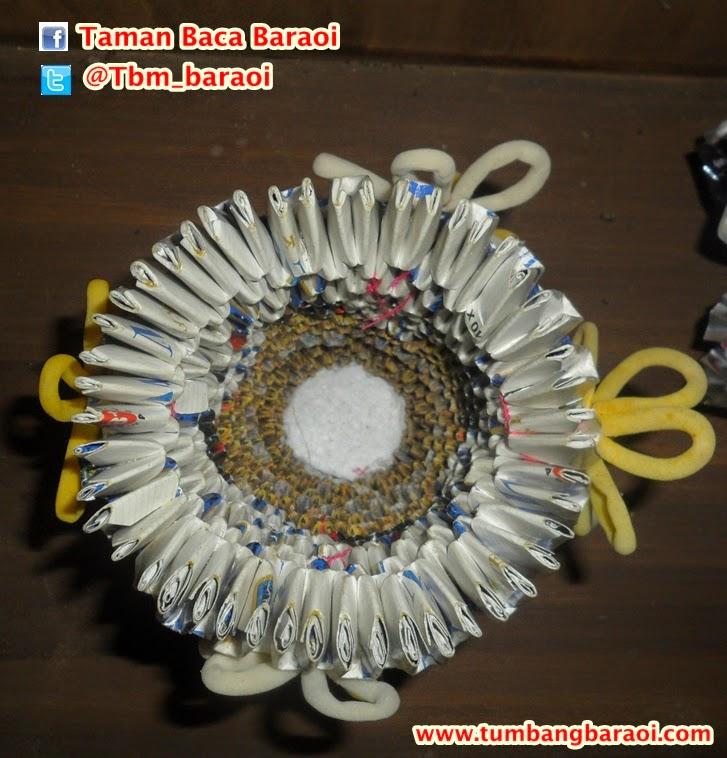 Cara membuat vas bunga dari bahan bekas