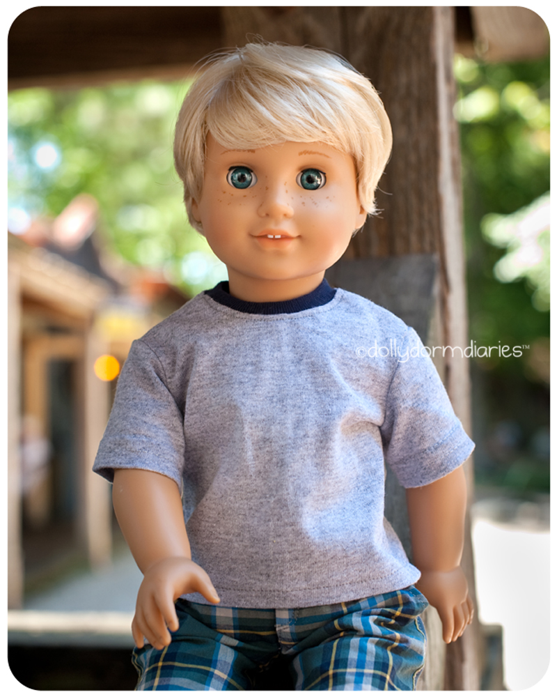 American Girl boy doll, Alden. Read 18 inch doll diaries at our American Girl Doll House. Visit our 18 inch dolls dollhouse!