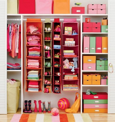 Wardrobe/closet Organisation.