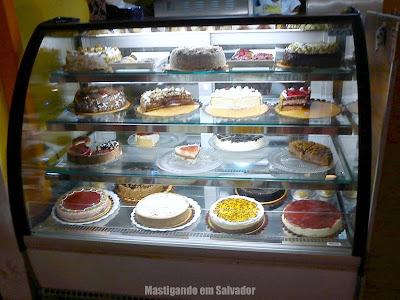 Gelaguela: A vitrine de Tortas da loja do Shopping Iguatemi