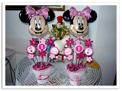 mesa para adornar la mesa de dulces mas minnie mouse