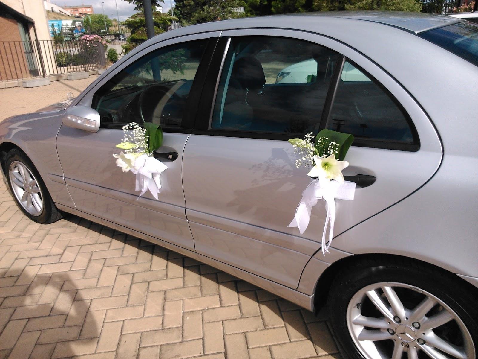 Decoracion coche boda free decoracion puerta de coche para bodas with decoracion coche boda - Decoracion coche novia ...