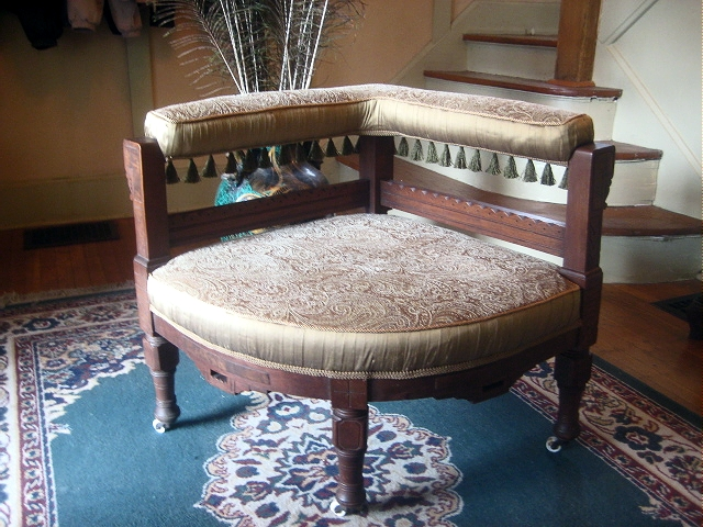 Antique Of The Week: A Great Corner Chair!