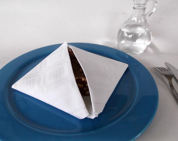 fabric folding, napkin fording, napkin origami, fabric origami, bun warmer, bread basket, napkin pouch, napkin pocket,