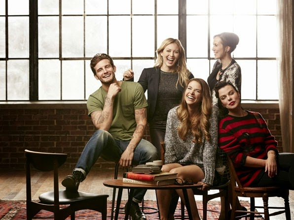 Younger, con Sutton Foster y Hilary Duff