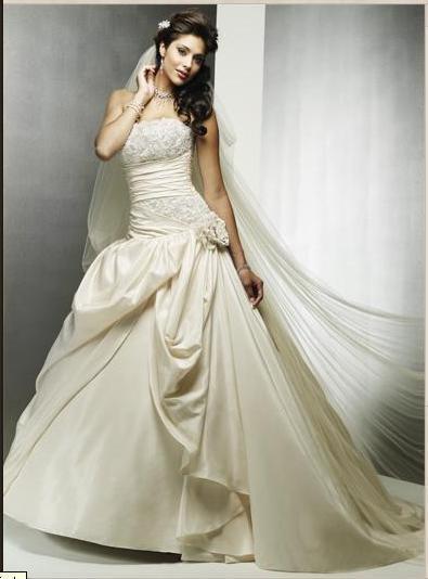 Jaw-Dropping Wedding Dress