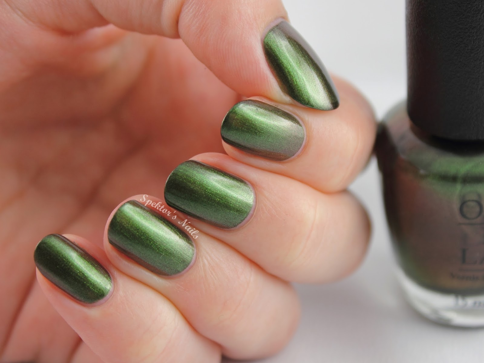 Coca-Cola by OPI: Icons of Happiness Green on the Runway