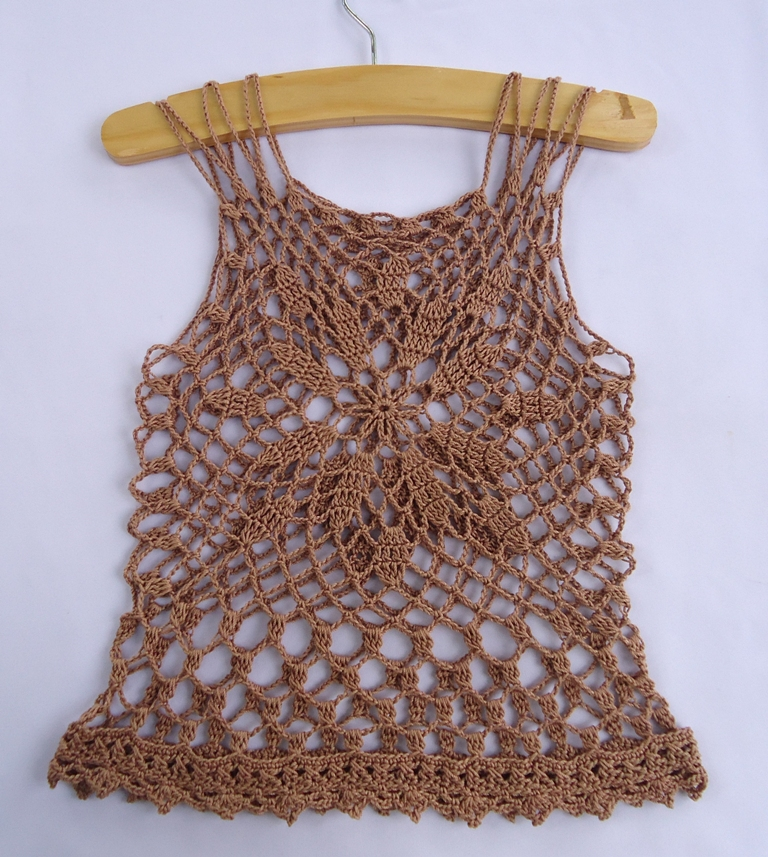 Free Patterns Crochet Tops : Stitch of Love: Crochet Summer Top