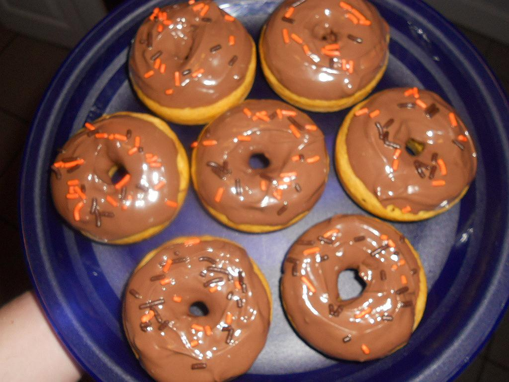 Pumpkin Spice Donuts with Chocolate Glaze (adapted from Confections of ...