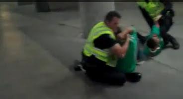 policias golpean mexicanos en san diego